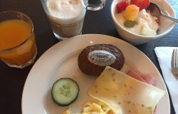 Frühstück im Hotel De Lindeboom auf Texel